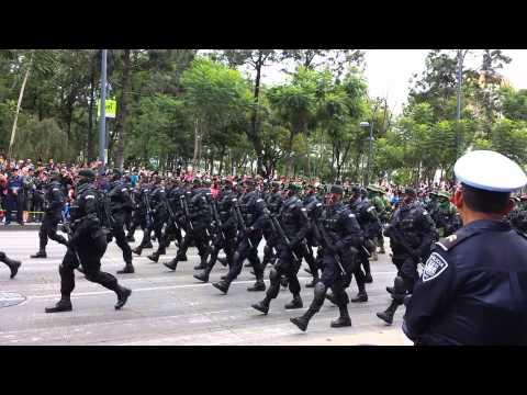 Desfile militar del 16 de septiembre 2014  parte 2