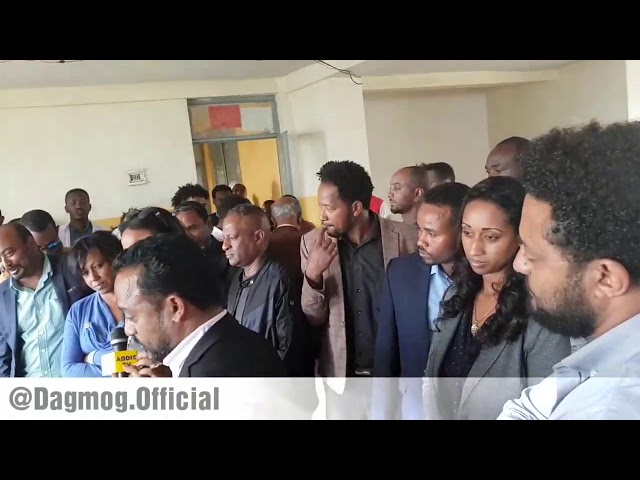 Ethiopian Artists Visited Displaced Citizens From Burayu