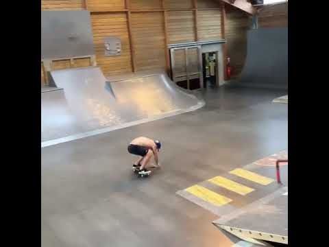 BS flip @aureliengiraud 🎥: @xavier._xav  #shralpin | Shralpin Skateboarding