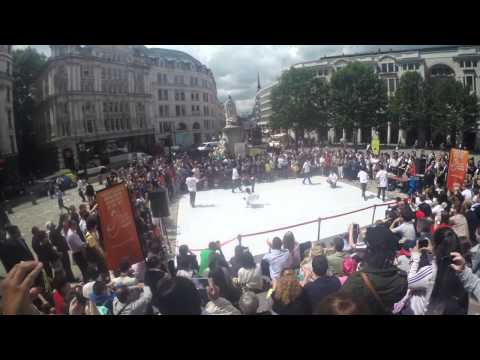 Gamblerz Crew Showcase 2014 in London at St. Pauls | Pi