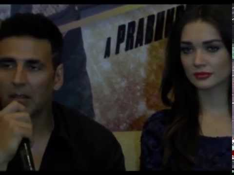Akshay Kumar, Amy Jackson, Lara Dutta promote Singh is Bling in Gujarat