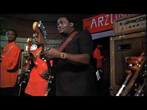 Camarade Nini Akobomba Ngai Sango (Franco) - Franco&le TPOK Jazz 1975