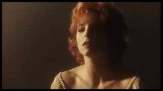 Клип Mylene Farmer - Beyond My Control