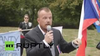 Czech Republic׃ Hundreds of protesters rally against Islam & EU asylum policies