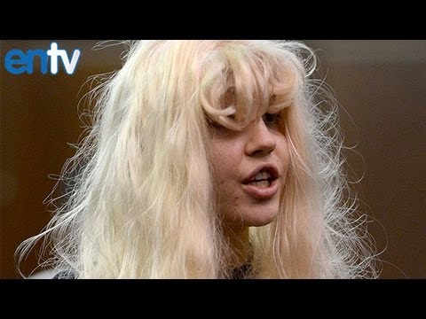 Amanda Bynes Breaks Into Retirement Home And Starts A Fire! video