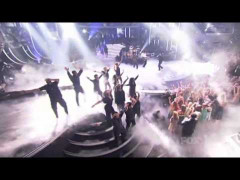 Adam Lambert & Kris Allen & Queen-We are the champions (American Idol) HD Music Videos