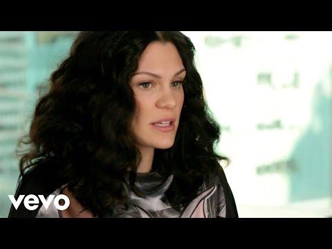 Jessie J - Vevo News: Bang Bang