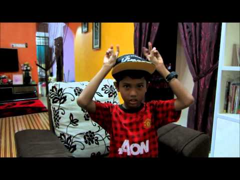 Gwiyomi/kwiyomi/귀요미송 malaysian boy 10 years old