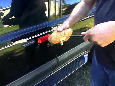 How to unlock a car door with a potato..After watching this video if you want to see me get hit in the balls http://www.youtube.com/watch?v=hZJMuMTmC-I&featu...