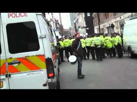 London Rioters Mob Charge At Scared Cops UK Riots