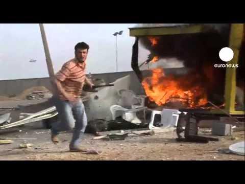 Le port de Misrata pilonné, des ambassades à Tripoli...