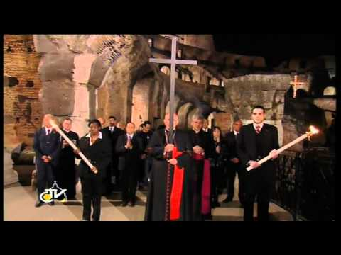 Pope presides over Via Crucis ceremony at Colosseum for Good Friday