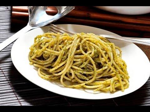 Espagueti en salsa pesto - Pesto Spaghetti