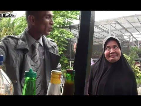 Viral! Penjual Bakso Ber-jas di Makassar