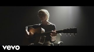 Watch Laura Marling Master Hunter video
