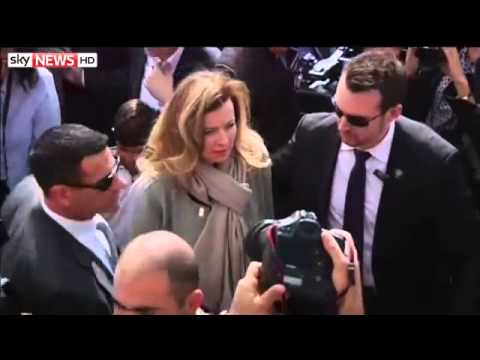 Francois Hollande Leaves Valerie Trierweiler