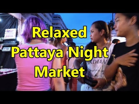 Pattaya Night Market on Thepprasit Road