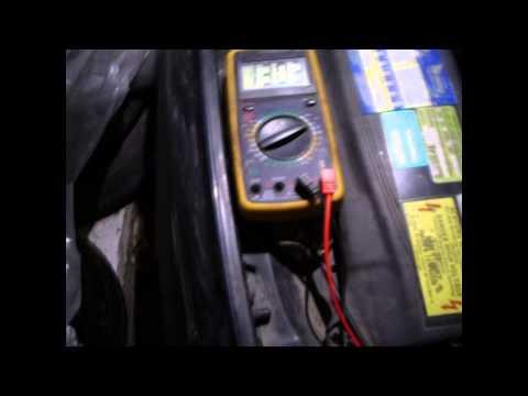 Видео как проверить сколько выдает генератор мультиметром