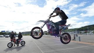 Stunt session - Supermoto stunt