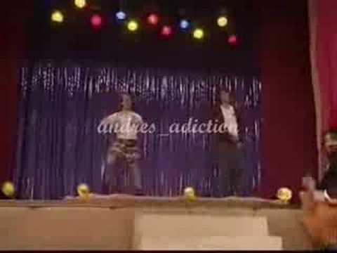 Patito y Bruno ensayan su coreo