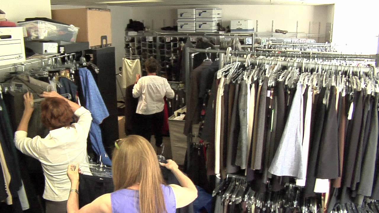 Bottomless Closet - Connecting women and work - YouTube
