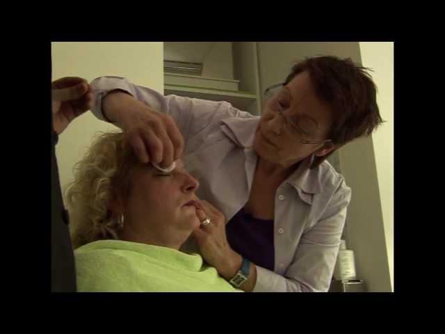VON EICH HILFT bei der Kosmetikerin 2 (14/25)