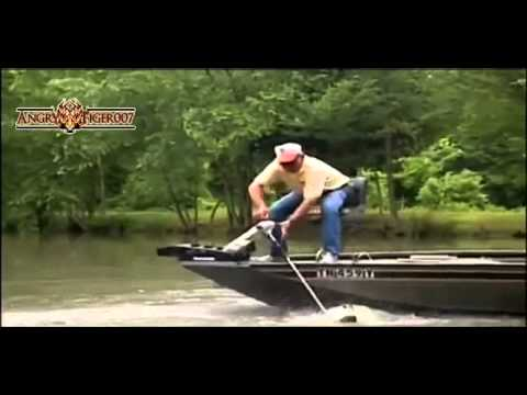 Fishing Fails Compilation / Подборка приколов на Рыбалке