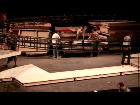 Behind the Scenes of Cat on a Hot Tin Roof: Building the Set