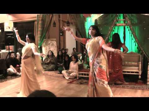 Preyanka Emu & Praptee - Bangla Medley HoludMehndi Dance