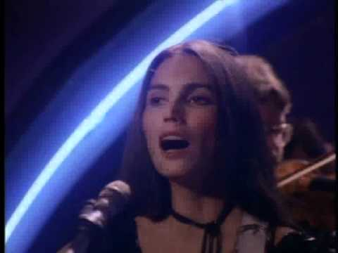 Emmylou Harris - I Dont Have To Crawl