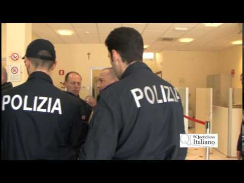 Bari, rapina al Monte dei Paschi di Siena in via Magna Grecia: banditi travestiti da fattorini