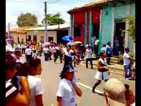 Instituto Nacional Jose Simeon Canas Desfile 15 de sept