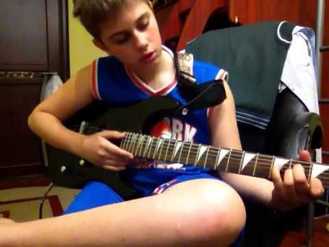 Простая мелодия на гитаре для начинающих