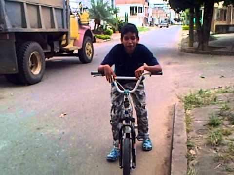pasos para hacer cross en bicicleta#2-AKJ 3
