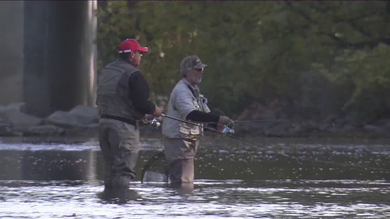 Fly fishing in milwaukee youtube for Wisconsin out of state fishing license