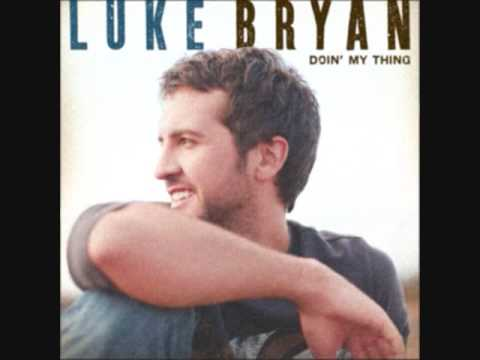 Luke Bryan - Drinkin Beer And Wastin Bullets