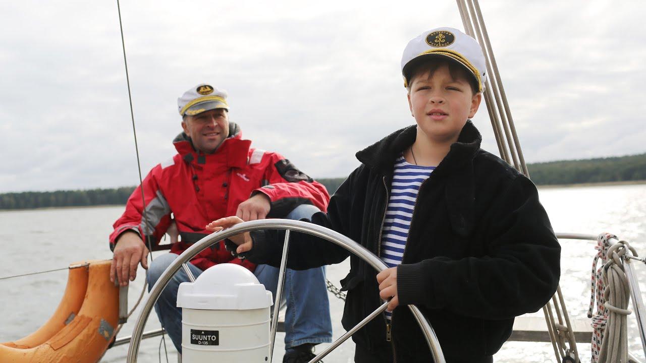 Путешествие на яхте на остров Западный Берёзовый