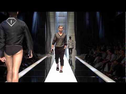 FashionTV I FTV.com - REID PREBENDA + VLADIMIR IVANOV - MODELS - MEN S/S 2010 Video