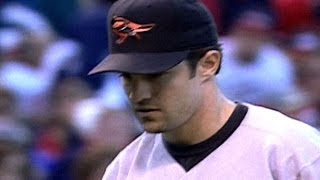 1997 ALCS Gm3: Mussina fans 15 Indians for LCS record