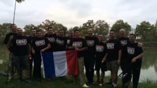 L'équipe de France de pêche dit Merci Jacquie et Michel