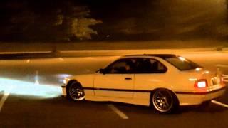 BMW 328 drifting