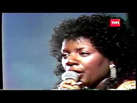 GLORIA GAYNOR - I WILL SURVIVE - FESTIVAL DE VIÑA DEL MAR