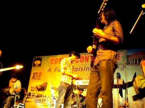 tujh say naraz nahi zindagi by amanat ali live
