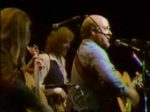 Stan Rogers performs