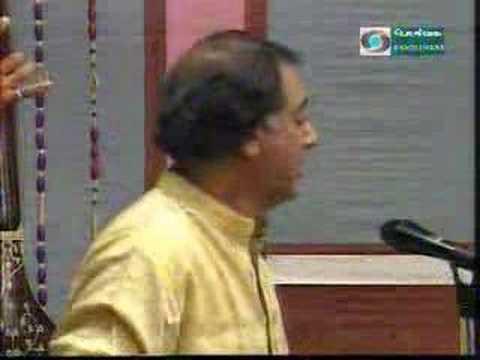 Bantureeti Kolu - Hamsanadam - Adi video