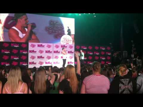 Sammy Adams & Mike Posner - LA Story - Kiss Concert