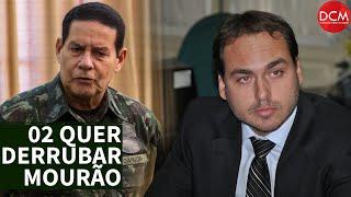 A guerra de Carlos Bolsonaro contra Mourão vai derrubar seu pai