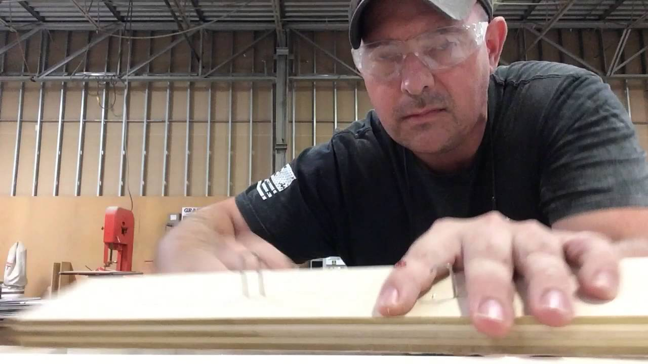 [Carpenter Pranks His Carpenter Friend In The Most Hilarious Way] Video