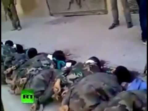 RAW VIDEO- GRAPHIC VIDEO- 20 Syrian Soldiers Executed in Aleppo