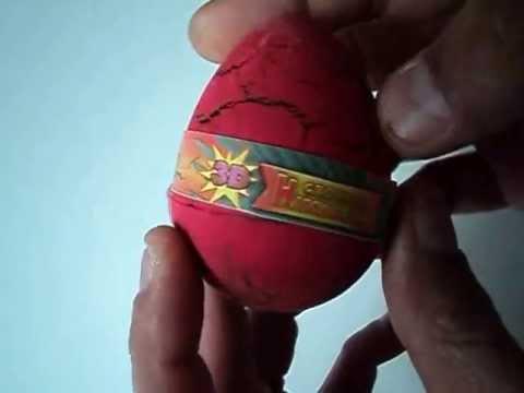 Jurassic Dinosaur Egg Hatching